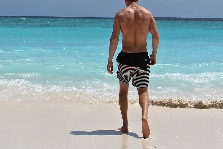 rules-for-wearing-swim-trunks